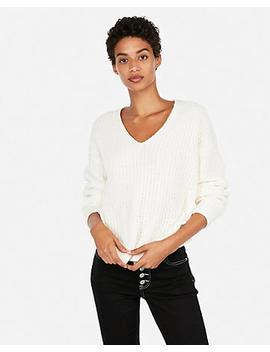 Petite Cozy Chenille Shaker Knit V Neck Sweater by Express
