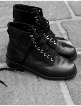 Boots Motardes à œillets Dorés by Sandro Paris
