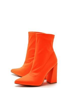 Pointed Toe Block Heel Boots by Boohoo