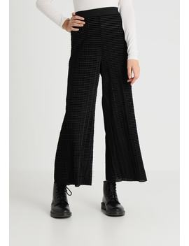 Wassily Velvet Pleat Trouser   Stoffhose by Weekday