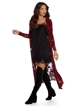 Romantic With Roses Duster by Windsor