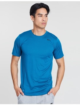 Dry Legend 2.0 Tee by Nike