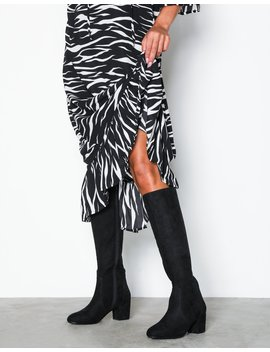 Mid Knee High Boot by Nly Shoes