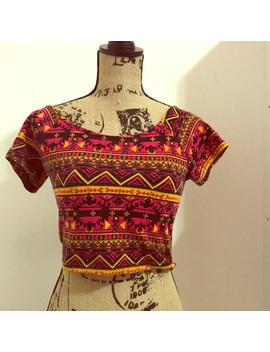 Multi Colored Aztec Crop Top Preowned/Used by Rue 21
