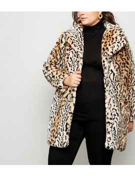 Blue Vanilla Curves Brown Faux Leopard Fur Coat by New Look