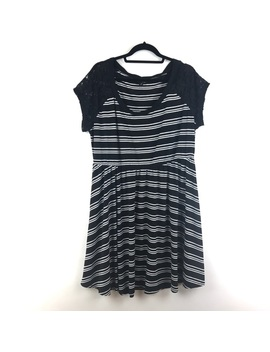 Torrid Sz 2 Black & White Striped Dress Lace Slv by Torrid