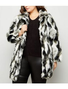 Blue Vanilla Curves Black Patched Faux Fur Coat by New Look