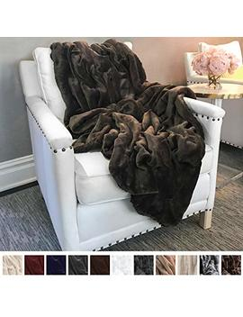 "The Connecticut Home Company Ultimate Velvet With Sherpa Throw Blanket, Soft, Large Plush Reversible Blankets, Warm And Hypoallergenic Throws For Couch Or Bed, Washable, Microfiber 65"" X 50"" (Brown) by The Connecticut Home Company"