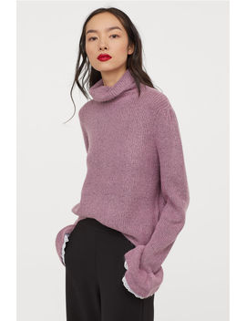 Sweater With Ruffled Cuffs by H&M
