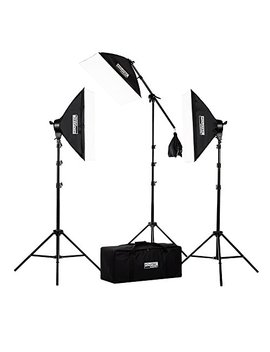 "Fovitec   3x 20""X28"" Softbox Continuous Lighting Kit W/ 2500 W Equivalent Total Output   [Includes Boom, Stands, Softboxes, Bag, 11x 45 W Bulbs] by Fovitec"