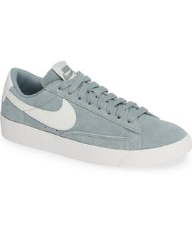Blazer Low Top Sneaker Sd by Nike
