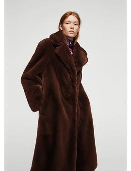 Γούνινο παλτό με πέτα by Mango