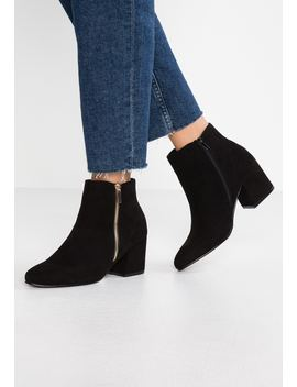 Edgy   Ankelboots by New Look