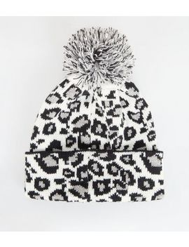 Light Grey Leopard Print Knit Bobble Hat by New Look