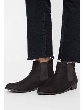 Classic Chelsea   Ankle Boots by Bianco
