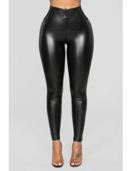 Feeling Classic Faux Leather Leggings   Black by Fashion Nova