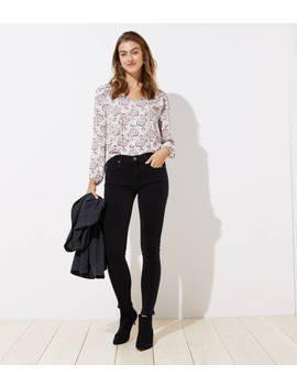 Modern Soft Skinny Jeans In Black by Loft