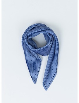 The Lullaby Scarf by Princess Polly