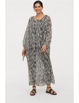 Crinkled Maxi Dress by H&M