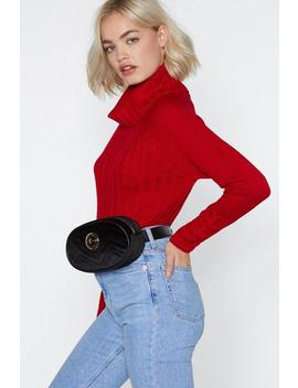 Want Quilt Y Pleasure Velvet Belt Bag by Nasty Gal