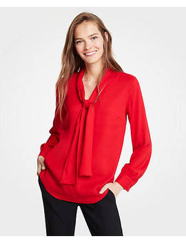 "<A Href=""Https://Www.Anntaylor.Com/V Neck Bow Blouse/482152?Sku Id=26191713&Default Color=6892&Default Size=902&Price Sort=Desc"" Tabindex=""0"" Data Di Id=""Di Id D194ff0f E0d179d1"">V Neck Bow Blouse</A> by Ann Taylor"