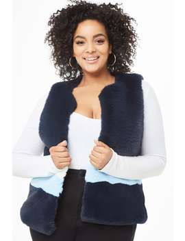 Plus Size Shaci Faux Fur Colorblock Vest by Forever 21