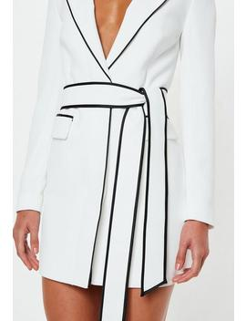 Robe Blazer Blanche Bordures Contrastantes Peace + Love by Missguided