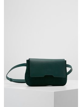 Bum Bag by Kiomi