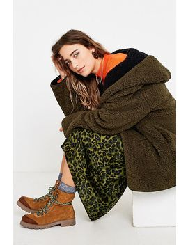 Uo Carmella Cosy Reversible Teddy Coat by Urban Outfitters