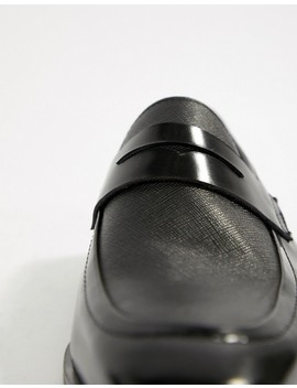 Pier One Penny Loafers In Black Etched Leather by Pier One