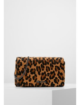 Leo Crossbody   Borsa A Tracolla by Love Moschino