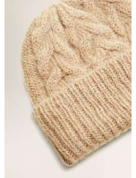 Bonnet Mohair by Mango