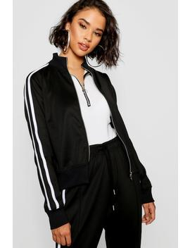 Trico Oversized Zip Through by Boohoo