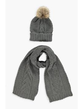 Cable Knit Hat & Scarf Set by Boohoo