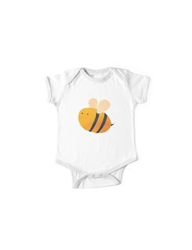 Bee by Aileen Swansen
