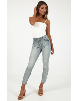 Ashleigh Skinny Jeans In Light Wash by Showpo Fashion