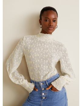 Блузка с вышитыми цветами by Mango