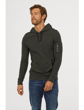 Hooded Top Muscle Fit by H&M