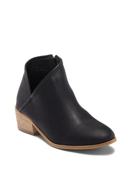 Elaine Ankle Boot by Catherine Catherine Malandrino