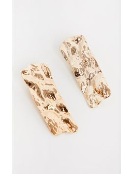 Gold Hammered Rectangular Stud Earrings by Prettylittlething