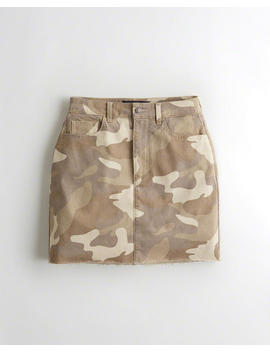 Ultra High Rise Camo Skirt by Hollister