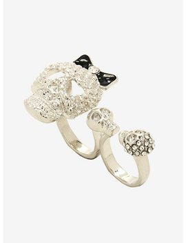 Blackheart Skull Two Finger Ring by Hot Topic