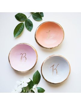 Personalized Ring Holder / Ring Dish / Bridesmaids Gift / Wedding Gift / Engagement Gift / Gift For Her / Wedding Ring Holder / Custom Name by Etsy