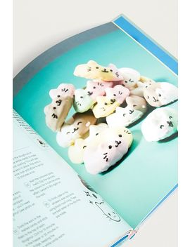 Kawaii Cakes: Adorable And Cute Japanese Inspired Cakes And Treats By Juliet Sear by Urban Outfitters
