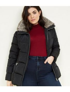 Curves Black Faux Fur Collar Puffer Jacket by New Look
