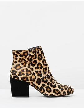 Maya by Iris Footwear