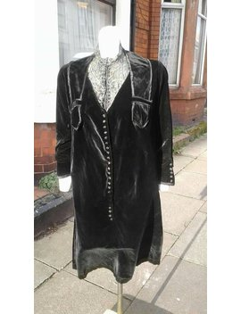 Flash Sale Amazing Volup 1920s Black Velvet Dress With Fabulous Lace Detail At Neck And Lots Of Button Detail by Etsy