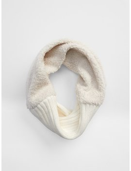 Sherpa Snood by Gap