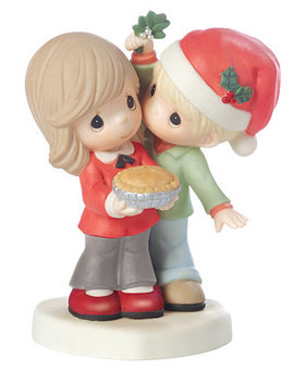 Merry Kissmas Sweetie Pie Figurine by Precious Moments