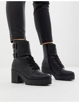 New Look Buckle Detail Chunky Heeled Boot In Black by New Look